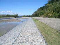 宝来築堤河岸保護工事