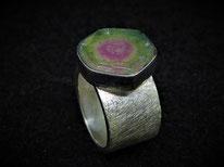 Miniring mit Opal Sternzeichen Waage