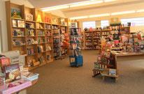 Bücherkiste, Schreibwaren, Spiele, Hörbücher