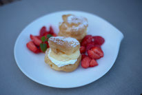 Windbeutel Vanillecreme Erdbeeren Pi mal Butter Mädchenvöllerei Saarland Saarlouis Blog Food Rezept