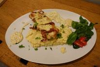 Baconschnitzel an Senfsoße und Kartoffelstampes Mädchenvöllerei PI mal Butter Food Blog Saarland