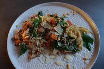 Pi mal Butter Mädchenvöllerei Food Foodblod Saarland Rezept Kochen Vollkornspagehetti Hackfleisch Pasta Nudeln Möhren griechischer Joghurt