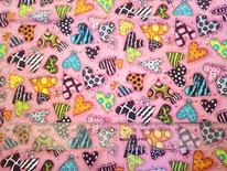tela rosacon corazones de colores