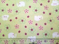 tela verde pistacho con elefantes y flores