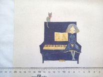 tela con chica y gatito en un piano
