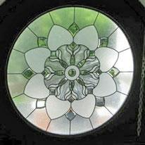 アールヌーボーデザインのステンドグラス