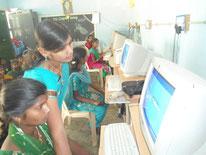 Initiation à l'informatique avec les enfants des parlements d'enfants