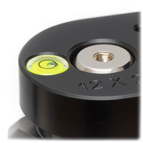 Integrierte Libelle im pocketPANO Nodalpunktadapter, Panoramakopf