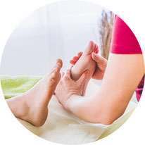 Fussrefelxzonen Massage in der Naturheilpraxis Moni Näf in Muri, Freiamt