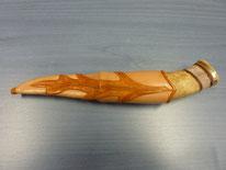 Lederscheide mit modeliertem und gefärbten Eichenblatt