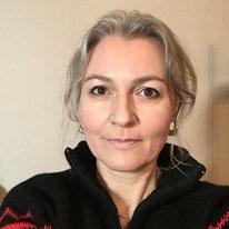 Véronique Bacher Tillmanns conservatrice / restauratrice d'art HES: tableaux, sculptures polychromes, objets en cire, canton de Vaud, Suisse