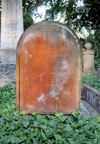 Besiedelter Grabstein, Hauptfriedhof, Esslingen
