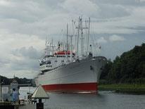Cap San Diego in the Kiel Canal/Landwehr