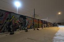 Graffitis nahe dem Bahnhof von Tallinn