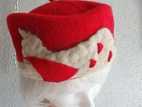 toque rouge voile laine feutrée