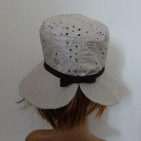 chapeau en lin bord en piqué ouvert