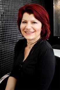 Portraitphoto von Zoe Drewes, Inhaberin und Axels Ehefrau