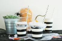 Bild: DY Halloween Süßesgkeiten verpacken, Süßes oder Saures Ideen, Halloween Party Ideen, Verpackung aus Pappbecher