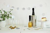 Bild: DIY Party Deko zum selber machen vom DIY Deko Blog Partystories - last-minute Dekoration mit Stanzer selber basteln Tipps