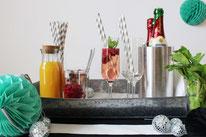 Bild: Rezepte für Drinks-Cocktails-Mocktails-Bowlen-alkoholfreie-Getränke für die Party selber mixen von Partystories; Pimp your Prosecco Bar Tipps