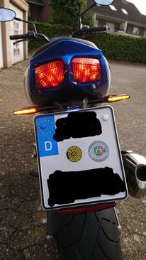 Suzuki SV 650 Kennzeichenhalter mit LED Blinkern