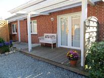 Ruhig gelegenes Ferienhaus im Ortsteil Dorf, nur wenige Schritte zum Seedeich und zur Ortsmitte