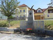 Kriegerdenkmäler © Mag. Angelika Ficenc