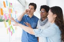実践的プロジェクトマネジメント研修 特徴2 実践型グループワークのイメージ画像