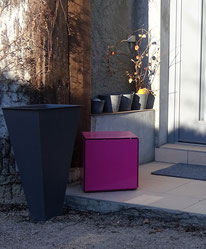 luminaire cube tout métal, peinture au four, pour aménagement terrasse