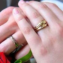 Alternative unusual Wedding & Engagement Rings