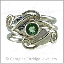 Heart Shaped Leaves Ring Set - Green Sapphire