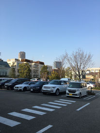 代官山TSUTAYA駐車場