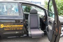 behindertengerechter VW Golf Sportsvan, Fahrschulfahrzeug, Hub-Schwenksitz, Sodermanns