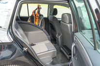 behindertengerchter Volkswagen Golf Sportsvan, Fahrschulfahrzeug, 3. Sitzplatz, Sodermanns