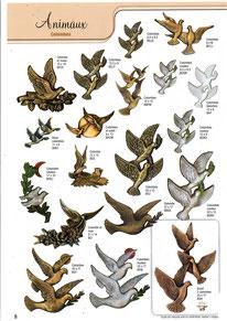 plaque-funeraire-decoration-bronze-hirondelles-colombe-colombes