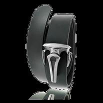 Schwarzer Ledergürtel mit einer Schnalle in Silber aus der Gremlin Männerschmuck Kollektion der Goldschmiede OBSESSION