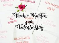Bild: DIY Einladung - kreative und individuelle Idee für eine selbstgemachte Einladung auf dem Klemmbrett, gefunden auf www.partystories.de