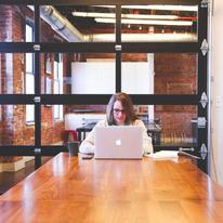「Webクリエイター」ってどんな仕事なの? 一日の仕事内容をまるっとご紹介!