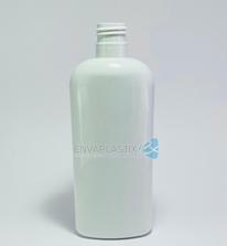 Botella oval de PET blanca