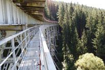 Zur Ziemestalbrücke, ein Bahnviadukt in Thüringen