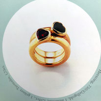 Sabine Halstrick Schmuckdesign Herzring 750er Gelbgold Turmalin und Rodolith