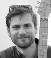 E-Bassunterricht in der Musikschule Lüneburg bei Jonathan Blochwitz