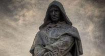 Celebre statua di Giordano Bruno a Campo de' Fiori in Roma