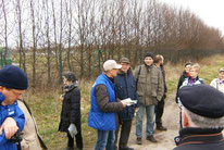 Jörg Brämer (NABU Barleben) führte die Exkursion (Foto: Jens Thesenvitz)