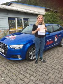 Ulrike Rösch hat am 08.07.2020 in Wertheim ihre Autoführerscheinprüfung bestanden