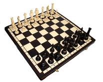 Schachspiel Nr. 104 handgeschnitzt aus Holz