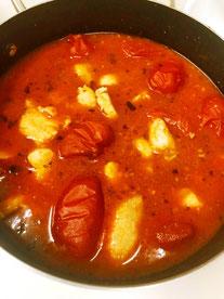 三宅サンマルツァーノ 美味なる料理 鶏肉煮込み 三宅トマト