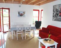 Der offene Wohn-Essbereich ist das Herzstück im Ferienhaus Kaskadenschlucht.