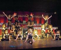 Als Löwen entführte die Juniorengarde das närrische Publikum nach Afrika - mit prächtigen Kostümen und einem wunderbaren Tanz.