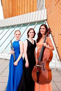 Viola Wilmsen, Oboe; Janina Ruh, Violoncello; Julia Kammerlander, Klavier